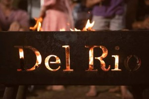 Camp fire at Del Rio Riverside Resort