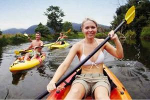 kayaking at Del Rio Riverside Resort, Wisemans Ferry